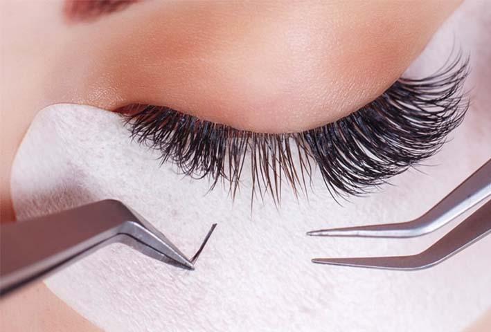 Cómo quitar las extensiones de pestañas pelo a pelo sin dañar las naturales.