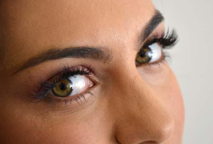 Con las extensiones de pestañas tu mirada siempre estará perfecta